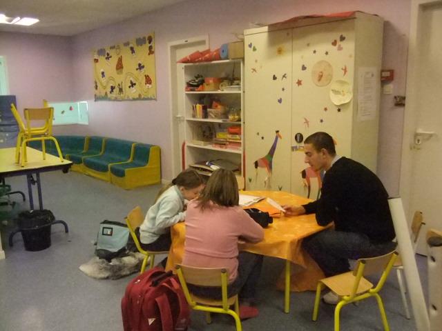 Aide aux devoirs association jeunesse plainfinoise for Aide devoir maison